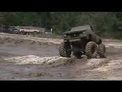 BIG MUD TRUCKS AT LAWTEY 1 Video