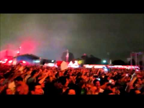 Swedish House Mafia - Save The World (original + Knife Party Remix) Umf Brasil 03-dez Hd Audio.wmv video