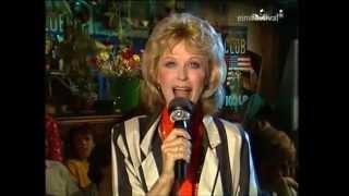 Watch Bibi Johns Zwei Herzen Im Mai video