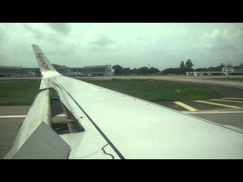 Spicejet SG116 landing at Varanasi
