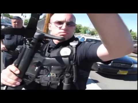 Беспредел полиции в загнивающей Америке)