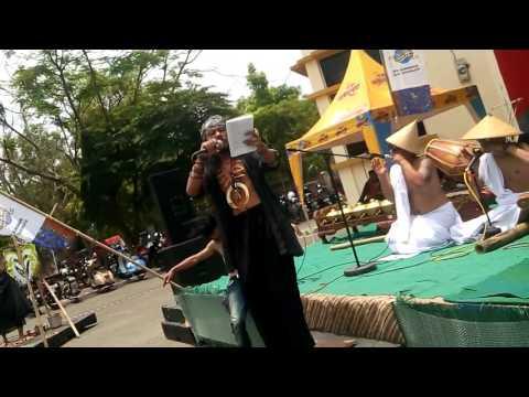 Karinding Awi Sal(R)asa / Puisi Jante Arkidam