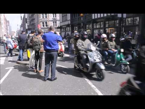Buckingham Palace Scooter Run 2016