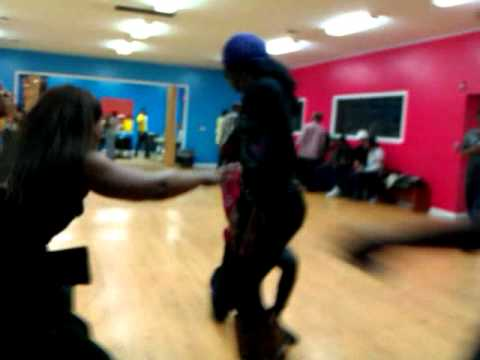 Ovah Battle.... Kyra Ebony Vs Karmin Chanel video