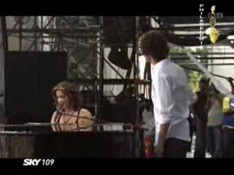 Sarah McLachlan and Josh Groban (Live 8)