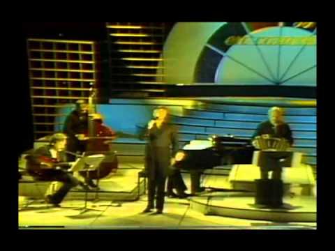 Astor Piazzolla y Raúl Lavié - Los Pájaros Perdidos (RCTV 1984 Live / En Vivo)