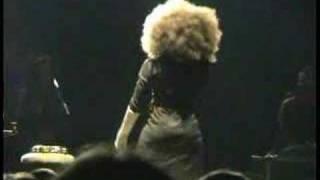 Watch Erykah Badu Kiss Me On My Neck video