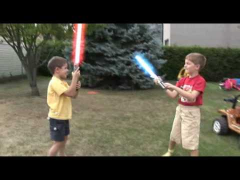 star wars kids in the backyard