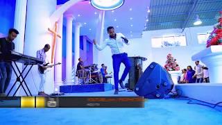 TEDY TADESSE AMAZING LIVE WORSHIP - AmlekoTube.com