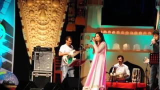Shreya ghoshal singing Manwa laage live in chennai,2014