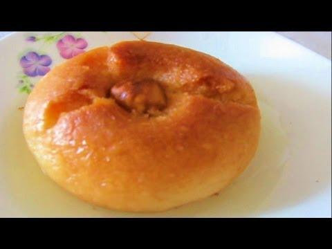 Şekerpare. Шекерпаре - турецкая шербетная сладость, выпечка в сиропе. TURKEY. IZMIR.