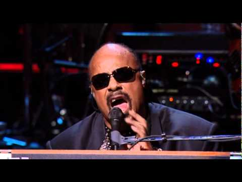 Higher Ground (Live with Sting) by Stevie Wonder klip izle