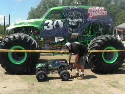 1/4 Scale Grave Digger.is it really 1/4 Scale? Dennis says Yes!