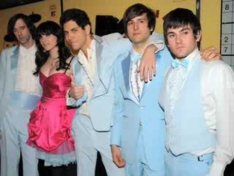 Cobra Starship - I Kissed a Boy