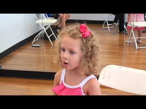 6/3/14- Reagan Scarlett (5 yrs) sings