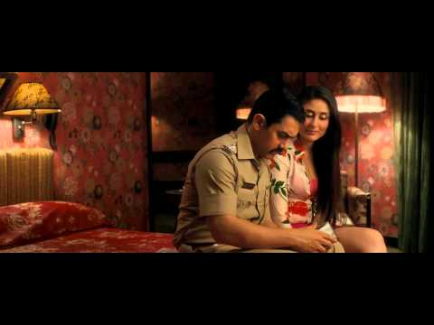 Kareena Kapoor Thunder Thigh Show - Talaash HD