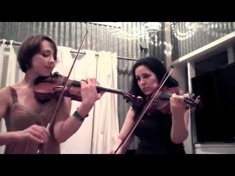 The Hot Violinist Duet: On The Beach From Queen Of The Damned video