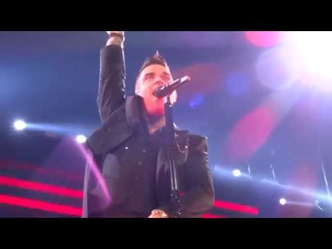 Robbie Williams - Let Me Entertain You - 24/10/15 Melbourne HD FRONT ROW