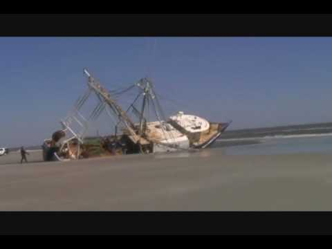 commercial fishing boat beached in wildwood crest new jersey
