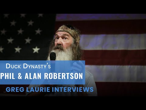 Pastor Greg Laurie interviews Duck Commander Phil Robertson