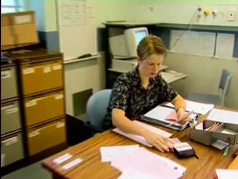 how to become a community nurse australia