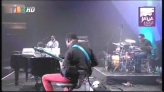 George Duke Electric - Live at Java Jazz Festival 2011 (Full Concert)