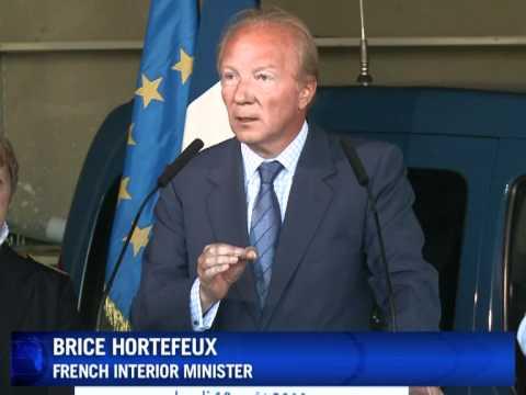 France begins Roma expulsions