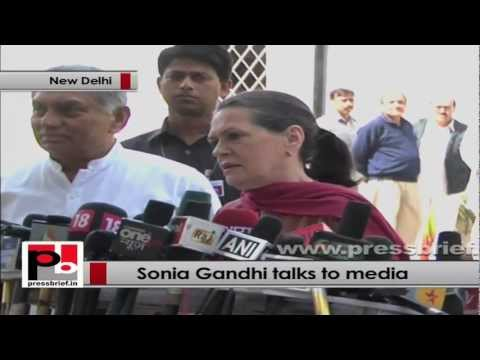 Sonia Gandhi: Only Congress is serious on curbing corruption