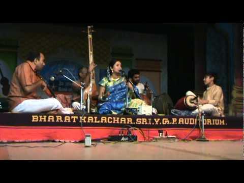 Oothukkadus Kannallavo Swami in Suratti by S.Mahathi