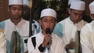 download lagu An-nur Bersholawat-Hadroh Padang Bulan 2017 2 gratis