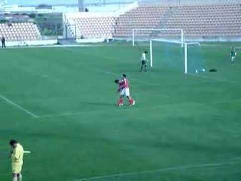 Alverca 0-6 Benfica (Juniores) 24.02.2007 Yu Dabao faz o terceiro golo do jogo.
