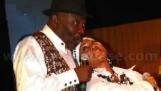 Paapa Yankson ft Paulina Oduro - Tena Me Nkyen