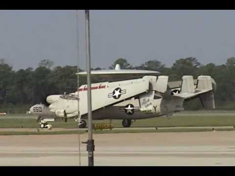 2006 NAS Oceana Airshow - E-2 Hawkeye Demonstration