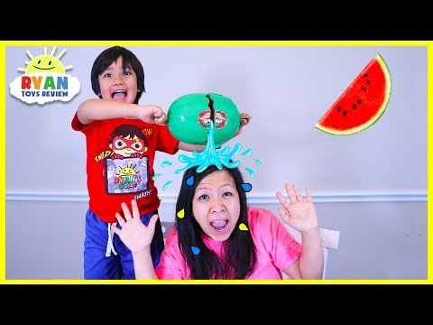 Ryan plays Watermelon Smash Challenge on Mommy!