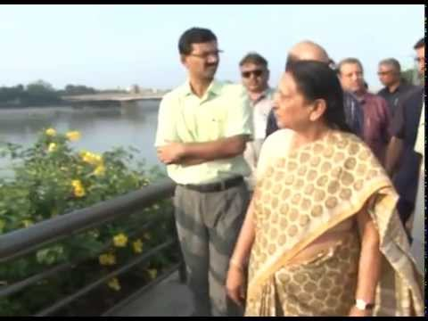 Gujarat Chief Minister reviews preparations for Narendra Modi and Xi Jinping's viist