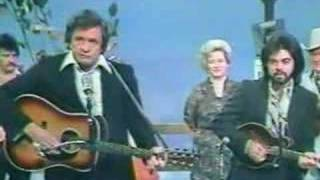 Watch Johnny Cash Wings In The Morning video
