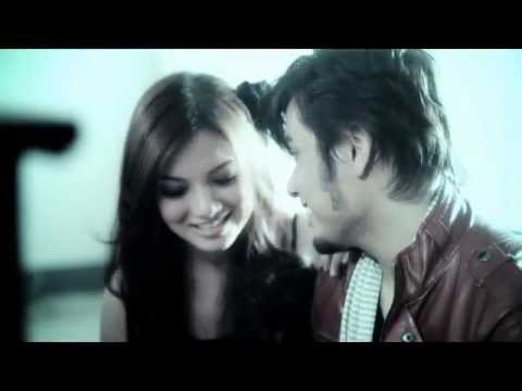Awi Rafeal - Bila Aku Jatuh Cinta [OFFICIAL VIDEO]