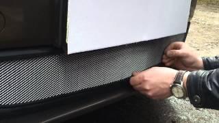 Видео: Защитная сетка радиатора Volkswagen Jetta VI 2010 chrome