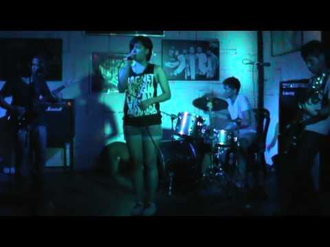 Urduja - Iglap (05.24.13headstock) video