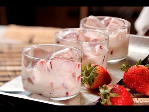 Fresas con Crema - Strawberries and Cream