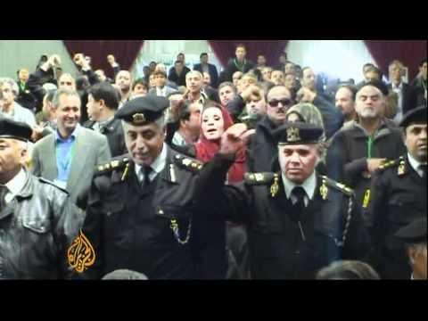 Former Gaddafi intelligence chief 'held'
