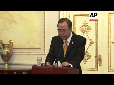 Ban Ki-moon urges Russia and Ukraine to find a peaceful solution to crisis