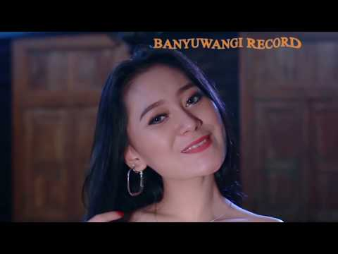 NANDA FERARO feat VITA ALVIA - WONG LORO DADI SIJI - [Official Video]