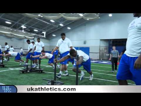 Kentucky Wildcats TV: Football Lineman - Winter Conditioning