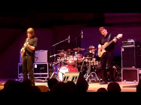 [HD] Mike Stern Band with Dave Weckl, Tom Kennedy. Triumph of Jazz Festival in Moscow. Part 1