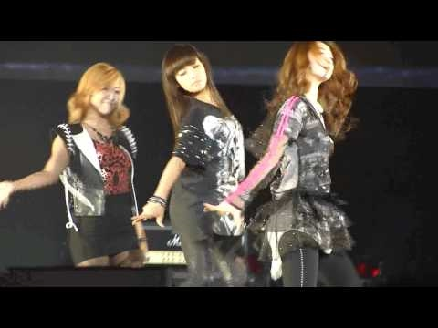 Mr. Boogie - f(x) [SMTOWN LIVE '10 @ STAPLES CENTER]