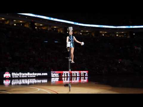 The Red Panda Acrobat Flips 5 Bowls on to Her Head (1080p)