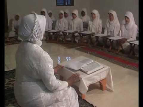 Hajjah Maria Ulfah Part 1 video