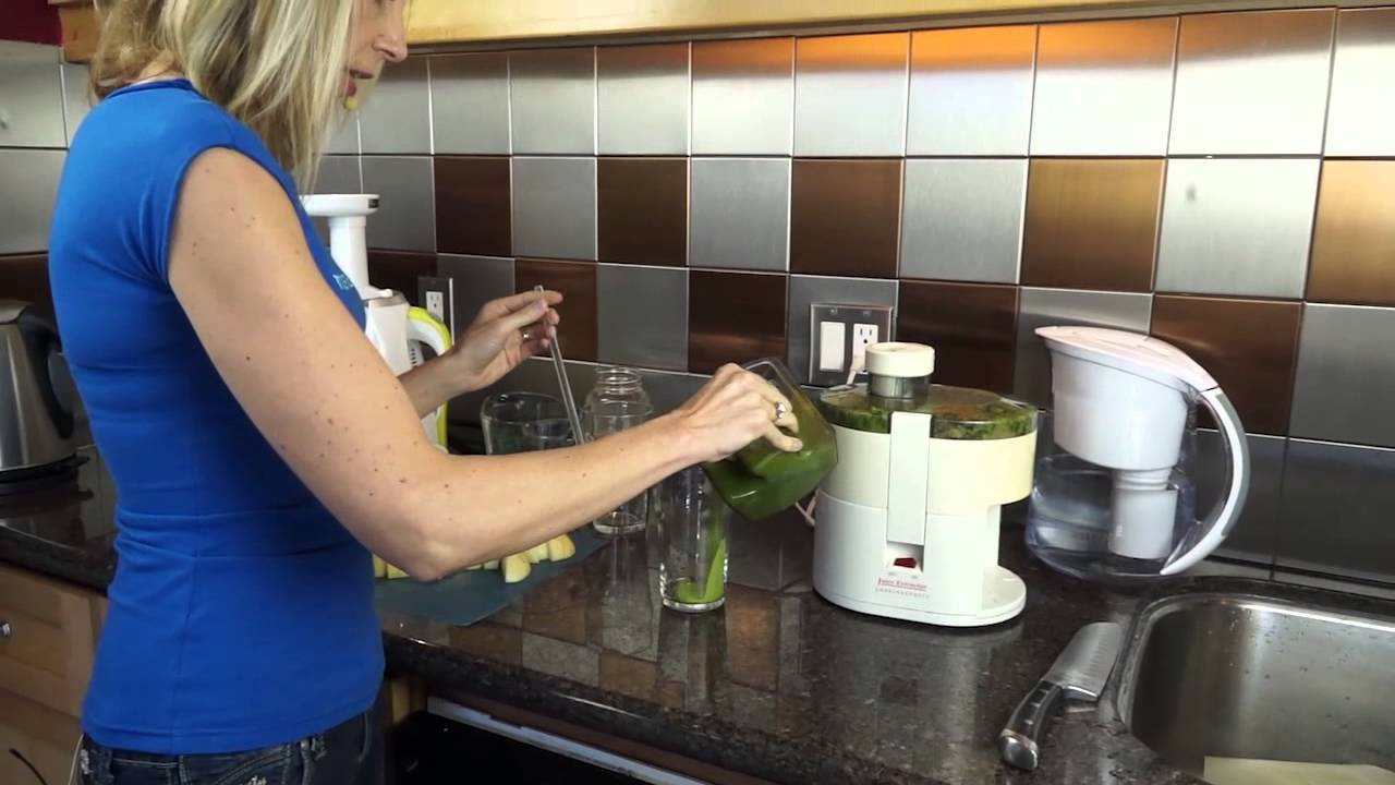 Dr Walker Slow Juicer Extractor : Hurom Juicer Review with Dr Melissa West - YouTube