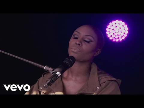 Laura Mvula - She - Live from Louder Lounge (Xperia Access)